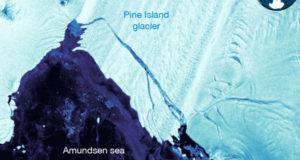giant iceberg Antarctica